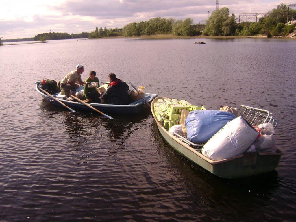 доставка продуктов на лодке