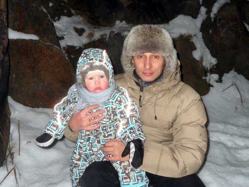 Основатель центра в Мурманске, Виктор Бурьян, с дочерью